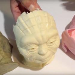 Come fare maschere e altri oggetti cavi e leggeri con resina e fibra di vetro